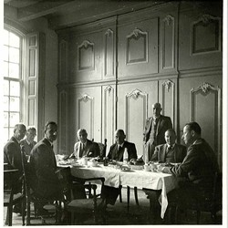 Ambachtsheren lunchen in het ambachtsherenhuis