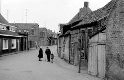 Verbrande straat richting Doelweg