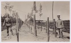 """Het """"elektrisch gordijn"""" tijdens Wereldoorlog I. Coll. RHC Tilburg."""