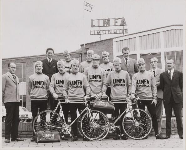 084785 - Wielrennen.Limfa-ploeg wordt uitgebreid