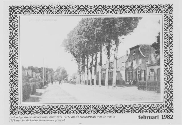079671 - De Kreitenmolenstraat rond 1914-1918. bij de reconstructie van de weg in 1981 werden de laatste lindebomen gerooid.