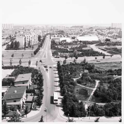 036425 - Panorama van Tilburg vanaf de flat aan de Hoffmannlaan.