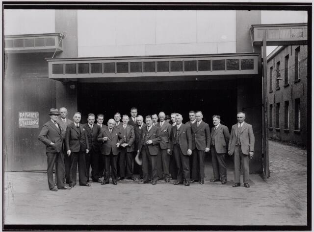 040437 - Personeel N.V. A.C. van Loon Meelfabrieken.