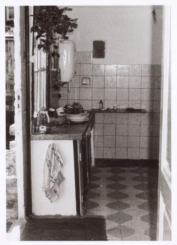 017210 - Keuken van het pand Capucijnenstraat 2