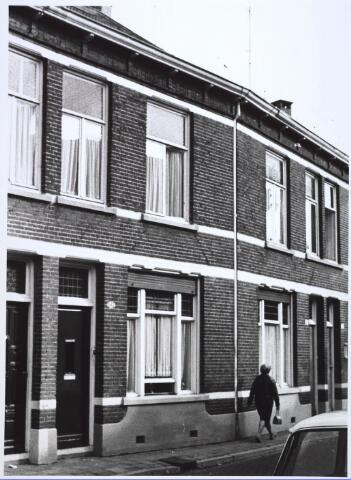 024346 - Pand Korenbloemstraat 142 eind 1968