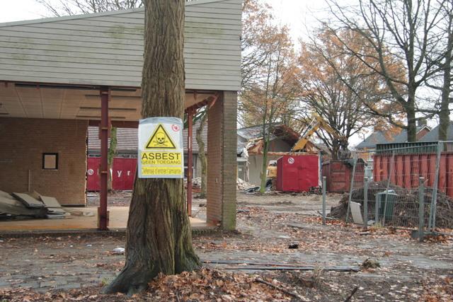 658285 - Onderwijs. Basisschool. De sloop van het oude gebouw van de Sint Caeciliaschool in Berkel-Enschot in 2018.