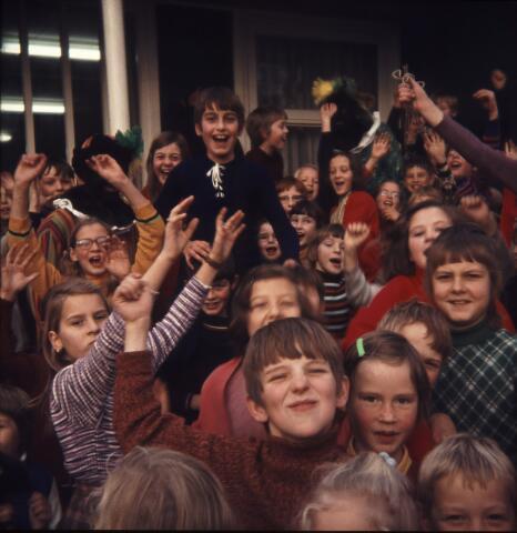 650180 - Gerardus Majellaschool, Hulten. Sinterklaas.