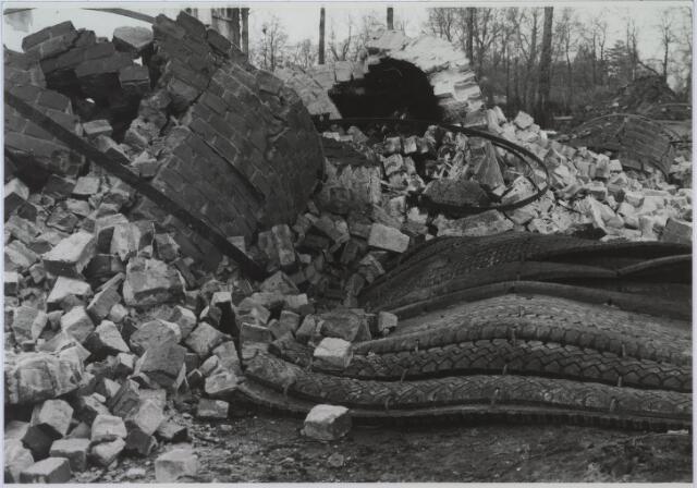 024015 - Sloop van het fabriekscomplex van Verschuuren - Piron op Koningshoeven