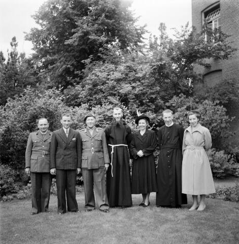 050216 - Priesterwijdingen, paters capucijnen.