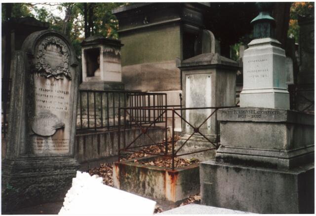 007944 - Graf van Gerard van Spaendonck (1746-1822) in Parijs (Pérelachaise).