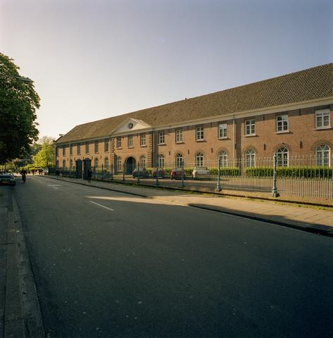 D-000953-1 - Lanciers Kazerne aan de St.-Josephstraat (Architectenbureau Bollen)
