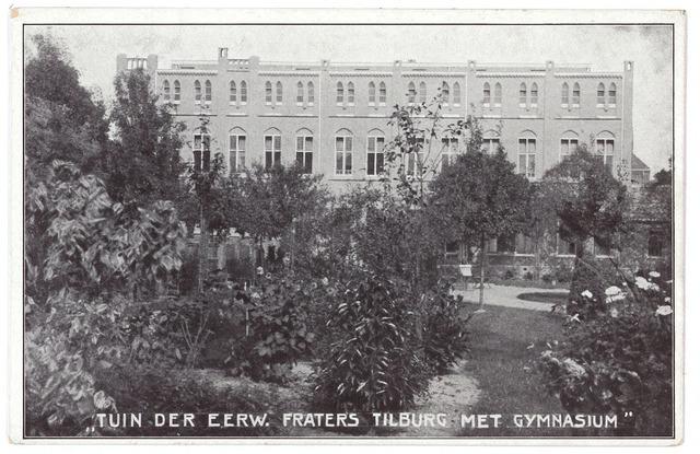 000495 - Tuin moederhuis van de fraters aan de Gasthuisstraat en achterzijde gymnasium (het zogenaamde St. Paulushuis)