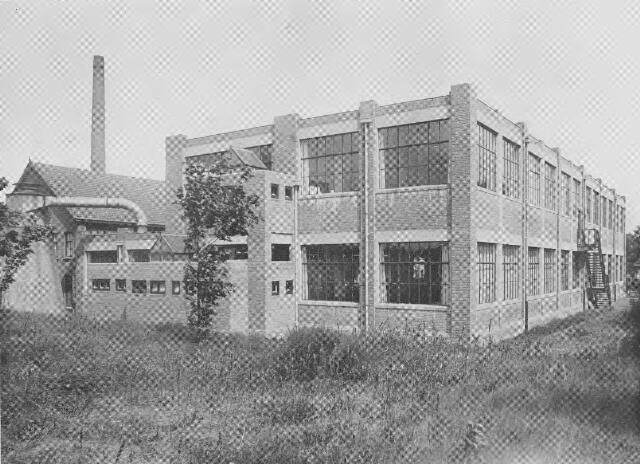 064381 - Leder- en schoenindustrie. Achtergevel N.V. Stoomschoenfabriek J.A. Ligtenberg te Dongen.
