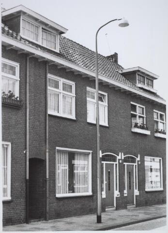 026101 - Pand Lovensestraat 79B halverwege 1971