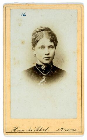 054589 - Anna Grada Theodora van Lier, geboren op 7 maart 1863, overleed te Tilburg op 24 juli 1893. Zij was getrouwd met kleermaker Melchior Hermanus Josephus Frehé.