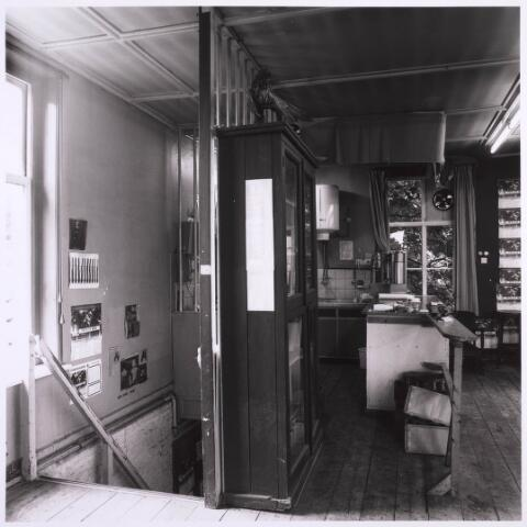 023221 - Duvelhok. Werkcentrum voor beeldende expressie. Interieur vóór de restauratie