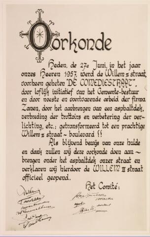 035272 - De oorkonde van de officiële opening van de Willem II-straat nadat deze opnieuw was geasfalteerd uitgegeven op 27 juni 1957 door het comite