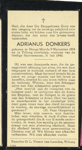 604371 - Bidprentje. Tweede Wereldoorlog. Oorlogsslachtoffers. Adriaan Donkers, geboren op 9 november 1884 in Bladel en overleden op 31 juli 1942 te Tilburg. In de nacht van 30 op 31 juli 1942, om half twee, vielen er vier Engelse bommen (waarvan er drie ontplofte) in de St. Josephstraat en maakte drie slachtoffers.