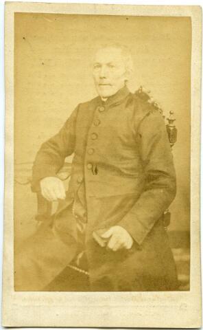 604800 - Bidprentje. Joannes van Kessel (Schijndel 1801 - Gemonde 1870) was van 1827 tot 1839 kapelaan te Oisterwijk. In 1839 werd hij benoemd tot pastoor van Dommelen.