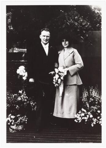 006532 - Trouwfoto van Petrus Jacobus van Berkel en Maria Anna Cornelia Remmers 24 juni 1924.