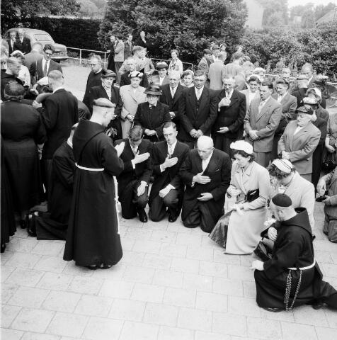 050234 - Priesterwijdingen, paters capucijnen.