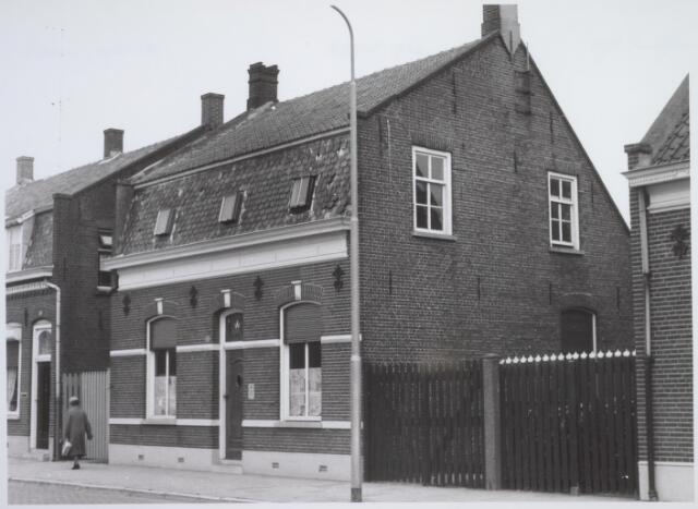 026193 - Pand Lijnsheike 64 halverwege eind oktober 1962