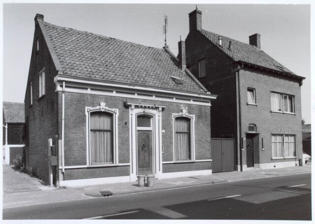 019545 - Panden Goirkestraat 149 (rechts) en 151 (links) anno 1983
