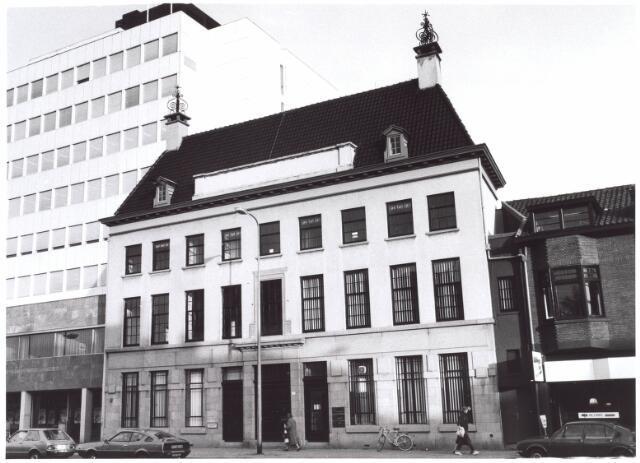 020914 - Voormalige Amsterdamsche bank aan de Heuvel