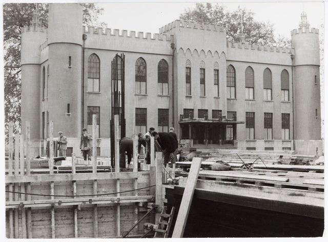 032611 - Nieuwbouw aan het Stadhuisplein