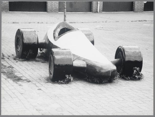 88723 - Race-auto in de Biezelaar Terheijden gemaakt door Rob Brandt.