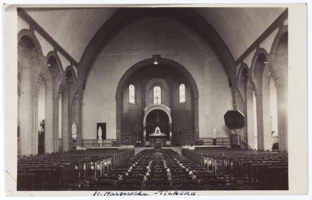 002065 - Interieur van de kerk van de H. Margarita Maria aan de Ringbaan-West.