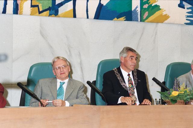 1237_010_763_024 - Installatie burgemeester Stekelenburg als burgemeester van Tilburg.