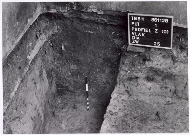 015738 - Archeologisch onderzoek in het pand Bokhamerstraat 13