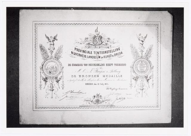 039545 - M.C.N. Bressers Kaarsenfabriek. Provinciale Tentoonstelling Nijverheid, Landbouw en Kunst te Breda verleende oorkonde met een medaille in brons dd 13 juli 1873.