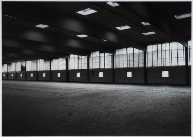028364 - Nieuw gebouwd Textielfabriek van A & N Mutsaerts aan de Philips Vingboonsstraat/ hoek Gasthuisstraat