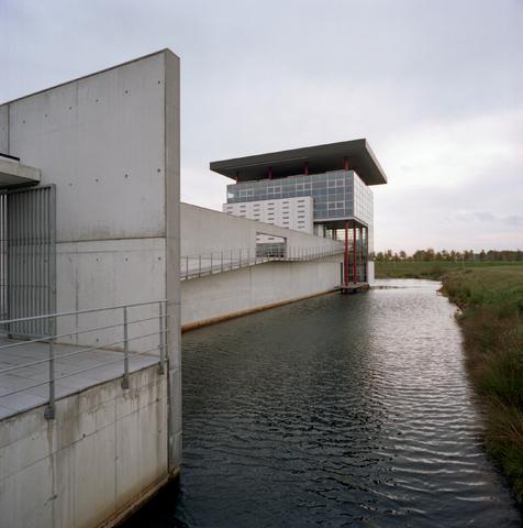 D-00560 - Haans - industrieterrein katsbogten ([in opdracht van het?] Brabants Dagblad)