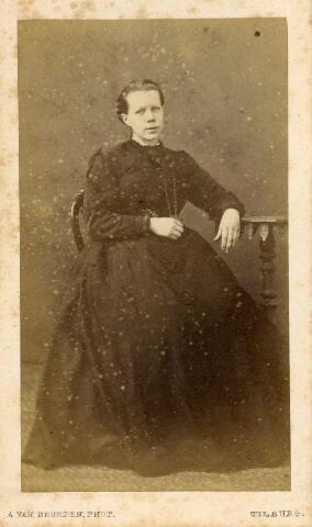 602734 - Anna Catharina Lippmann, geboren op 26 juni 1835 te Delft en overleden te Tilburg op 15 november 1872. Ze was gehuwd met Franciscus Ludovicus van Spaendonck.