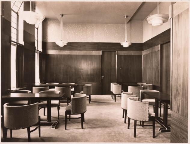 032158 - Interieur van het Paleis-Raadhuis aan het Stadhuisplein