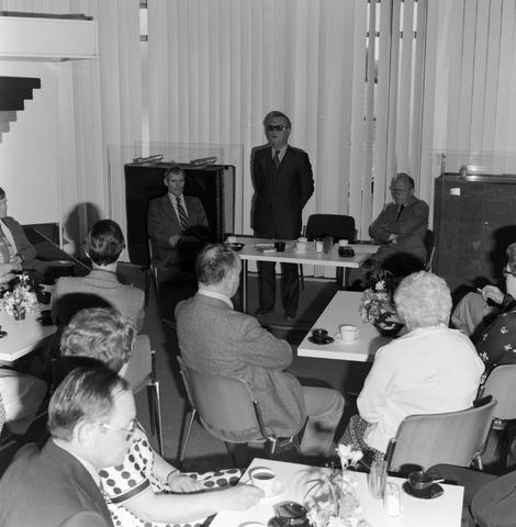1237_012_989-1_001 - Viering van een jubileum van textiel firma Van Besouw b.v. bij restaurant Boschlust in Goirle in mei 1977.