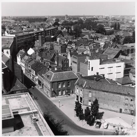 036313 - Panorama van Tilburg, gezien vanaf het nieuwe gemeentehuis