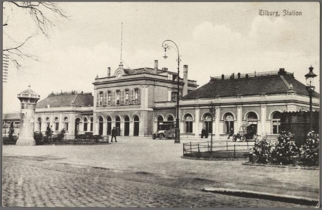 010673 - Station, Spoorlaan.