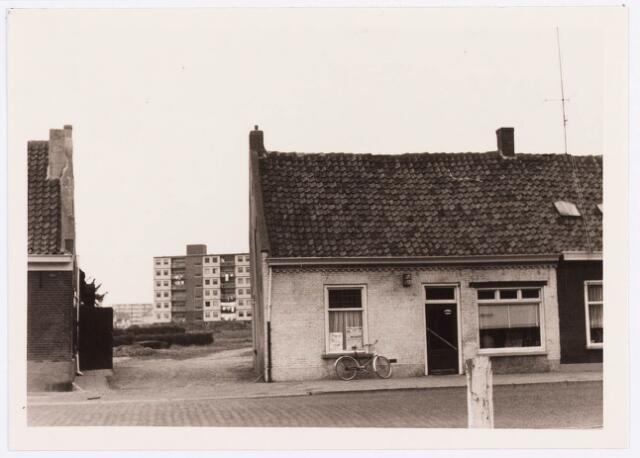 034420 - Lijnsheike 115; thans heet dit deel van de straat Von Weberstraat. De meeste huizen aan het Lijnsheike zijn inmiddels gesloopt.