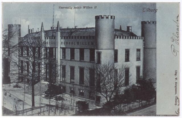 002396 - Onderwijs. Voorzijde Rijks H.B.S. Koning Willem II. Rechts onder de voormalige Paleisstraat.