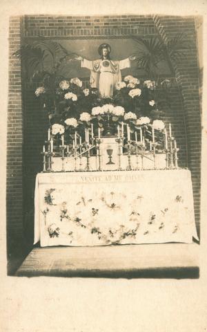 655512 - St. Joseph Missiehuis. Het Heilig Hart altaar in 1925.