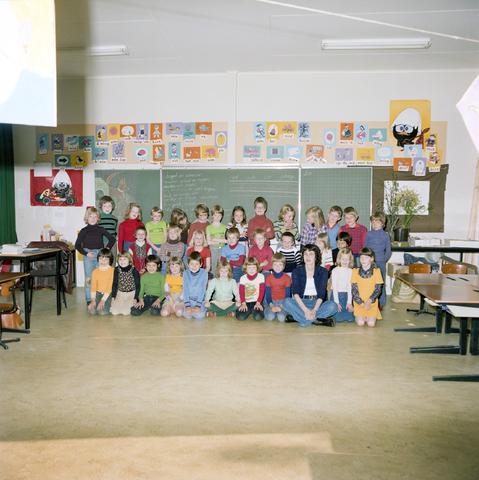 870072 - Klassenfoto. OBS Westerkim, Dongen