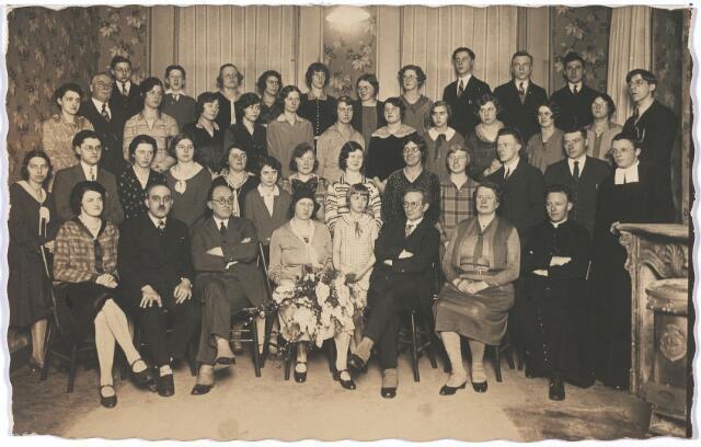 004820 - Koperen huwelijksfeest van Willem van KALMTHOUT (1890-1943), eerste directeur van het Tilburgs Muziekconservatorium, en Maria Engelina LUTKIE. Zie ook foto 4818