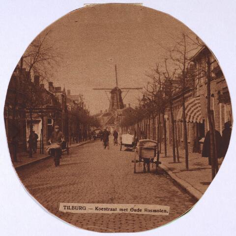 023771 - Koestraat omstreeks 1928, gezien in de richting van het Rosmolenplein. De molen, op de hoek met de Lovensestraat, is nu Café 't Molentje. Foto afkomstig uit de 'Brabantsche Illustratie' van 25 januari 1928
