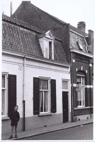 017243 - Pand Capucijnenstraat 58 eind 1962