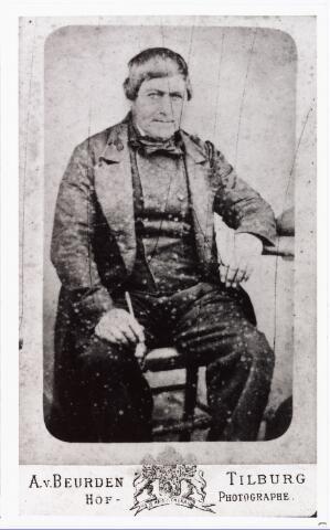 007762 - Henricus van Roestel geboren Tilburg 8.1.1808, landbouwer, zoon van Jan Baptist van Roestel gehuwd met Maria Helena Melis. Hij trouwde te Tilburg op 13.1.1831 Johanna van Roessel. (reproductie; origineel niet in collectie aanwezig)