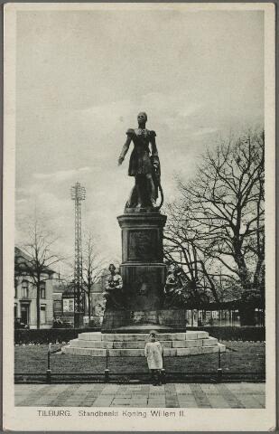 010563 - Standbeeld van koning Willem II en lindeboom op de Heuvel.